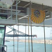 电缆卷盘安装在岸桥起升机构上